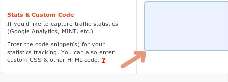 Placer din Google Analytics kode her, hvis du IKKE bruger et Google Analytics plugin til at tracke med i forvejen.